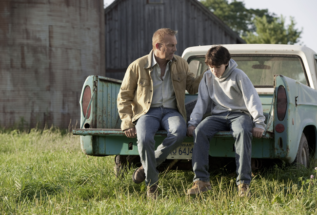 Man of Steel : Dylan Sprayberry, Kevin Costner