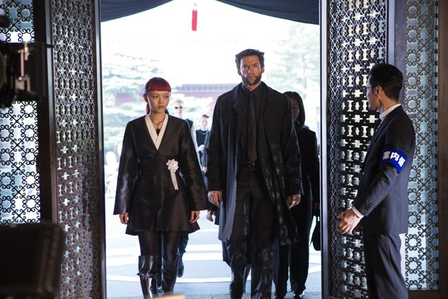 Tao Okamoto alias Mariko Yashida & Hugh Jackman (The Wolverine)